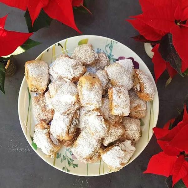stollen bites with pistachio marzipan