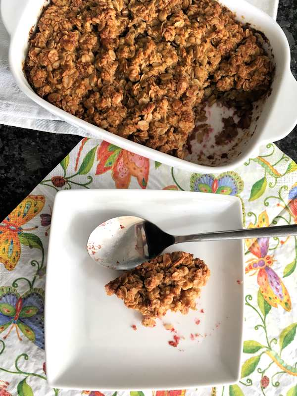 Baked oatmeal with buttermilk and jam