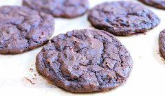 black hearted cookies