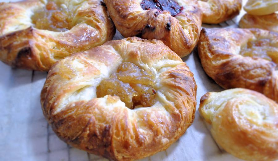 Easy danish pastries recipe cuisine fiend i was very distrustful towards this recipe what an easy take on a laminated dough classic no rolling of the butter no spreading it into layers and forumfinder Gallery