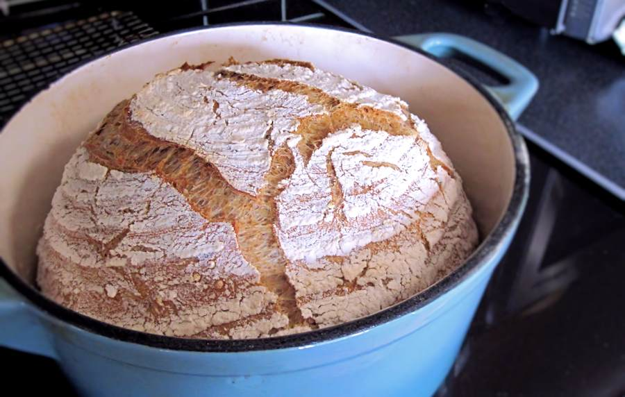 Malthouse Bread This Is Dead Easy And Incredibly Tasty Toasts Like A Dream Too I Ve Baked It In My Dutch Oven A K A Le Creuset Casserole Dish Of