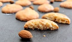 orange dacquoise biscuits