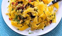pasta with bacon capers and breadcrumbs