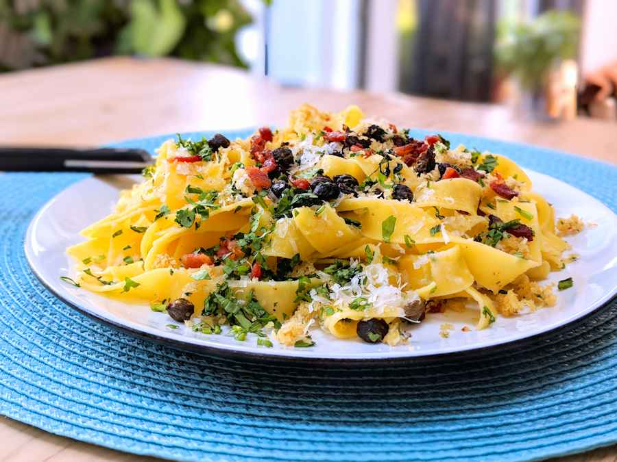 pappardelle with crispy capers