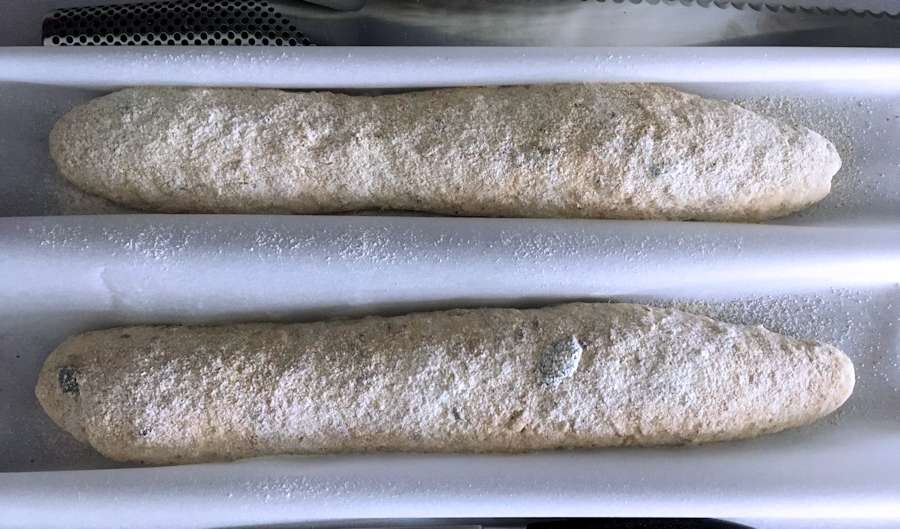 Proofing batons or baguettes