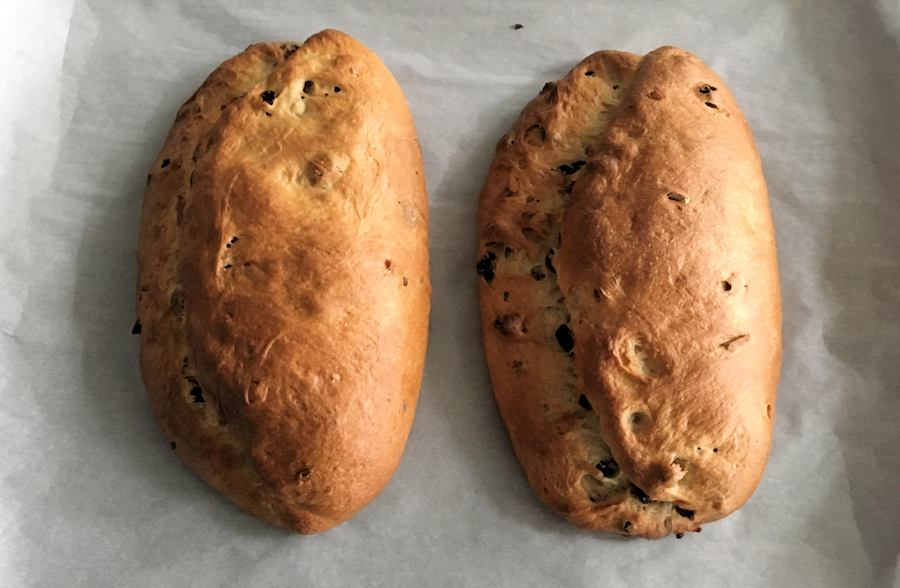 stollen german christmas bread